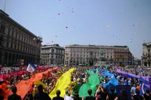 22maggio2011_foto bandiera pace_duomo